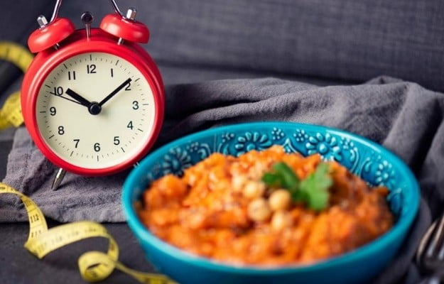 pilau rice with a clock | Which Intermittent Fasting schedule can I follow? | 10 Reasons Why Intermittent Fasting Is The Simplest Diet Ever
